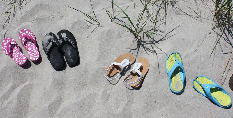 Beach-flip-flops-for-web