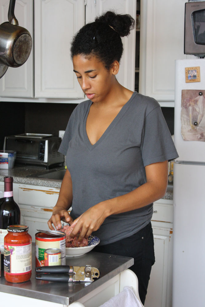 Jess-making-meatballs-for-w