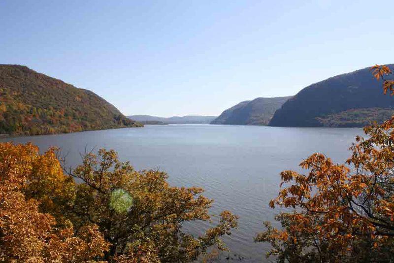 Hudson-river-fall