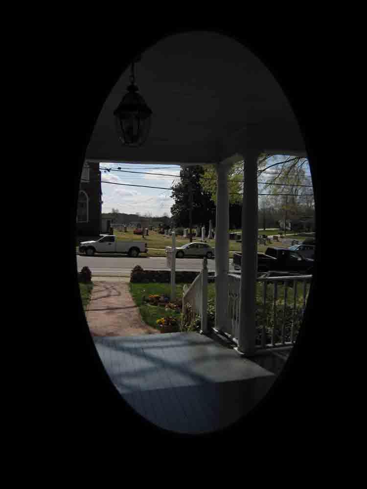 Through-the-door-rmhouse-for-web