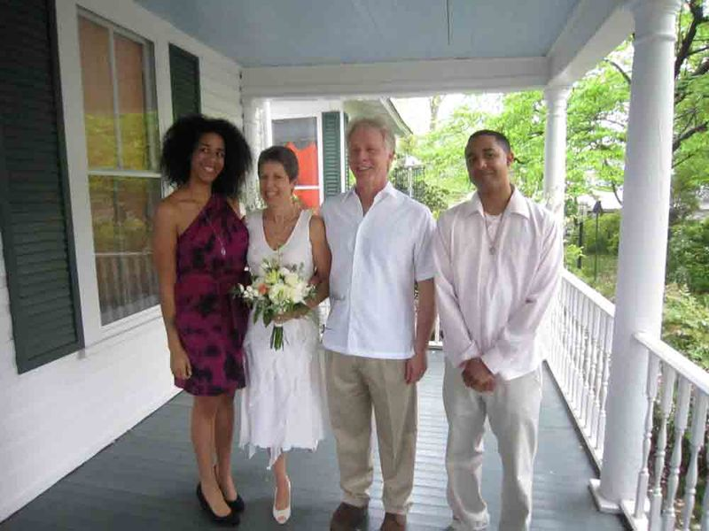 The-wedding-family-for-web