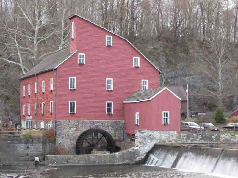 Red-mill-for-web