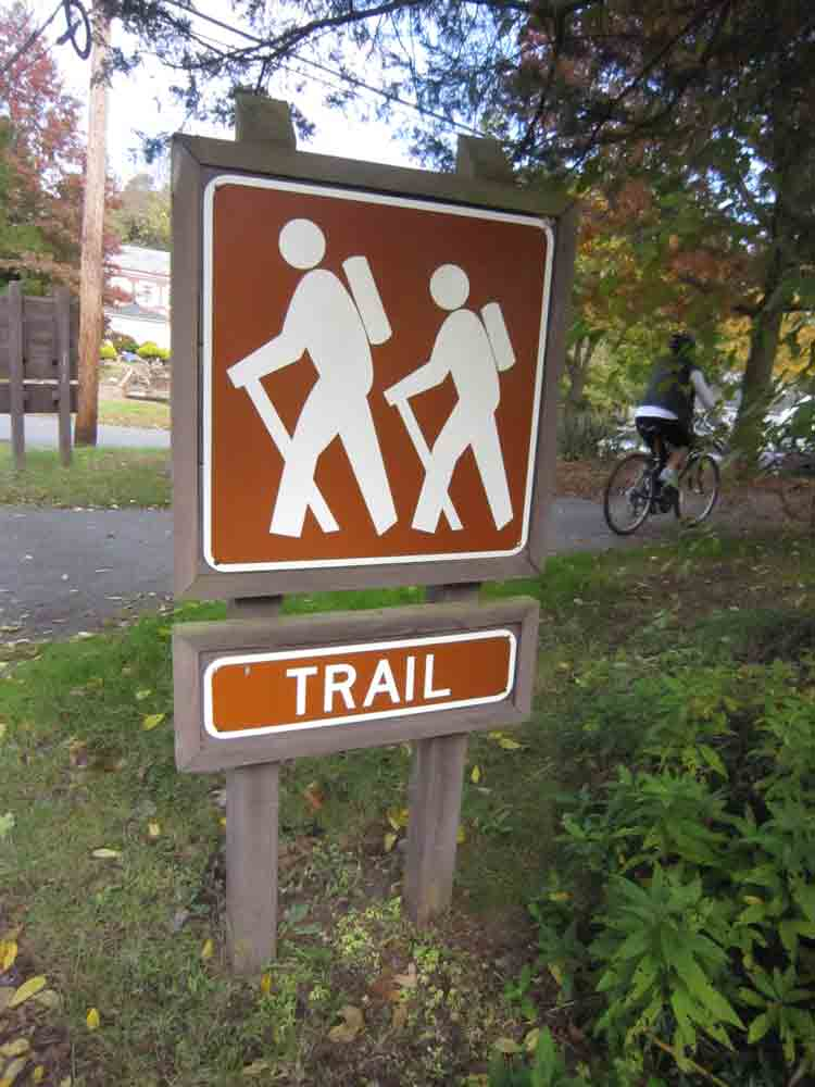 Trail-sign-for-web