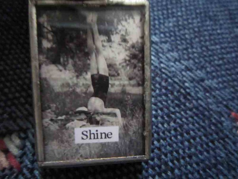 Shine-pendant-for-web