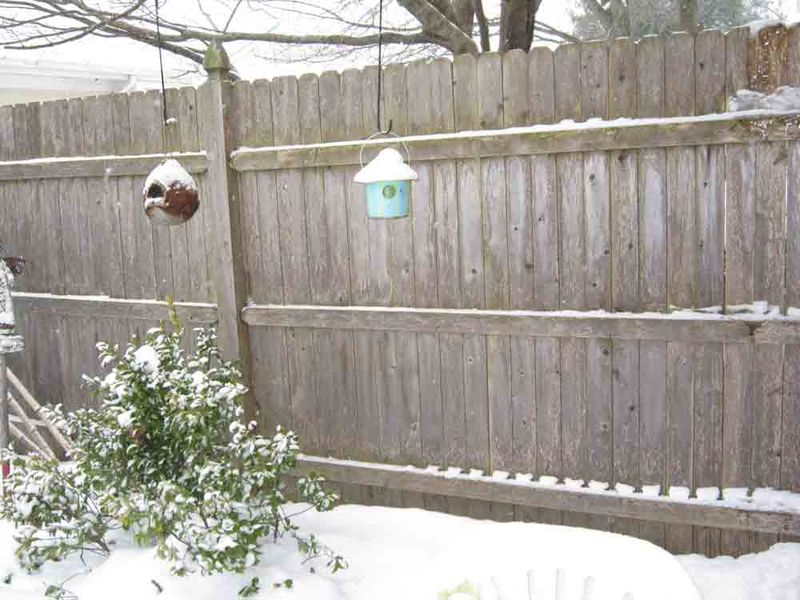 Snowy-birdhouses-for-web
