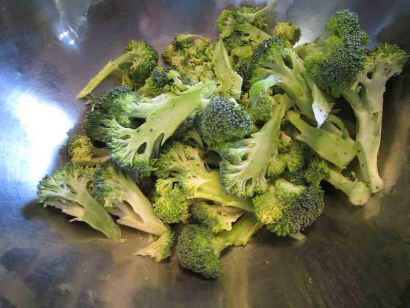 Fresh-broccoli-for-web