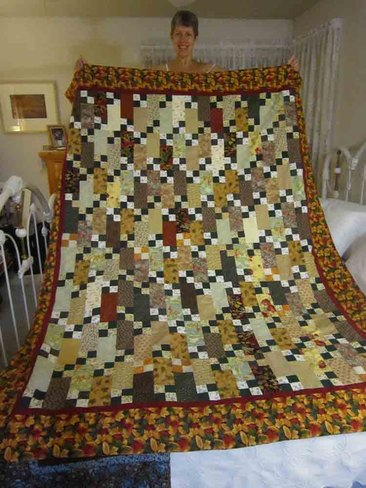 Scrappy-quilt-for-web