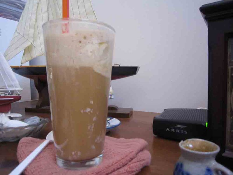 Root-beer-float-for-web